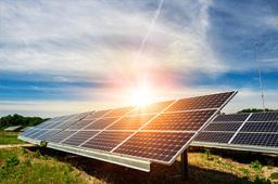 光伏电价最低纪录诞生 每度仅0.12元