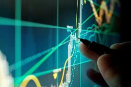 沪深两市小幅高开 互联网金融板块领涨
