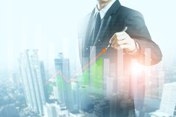 中小创业绩好转 基金紧盯科技成长股