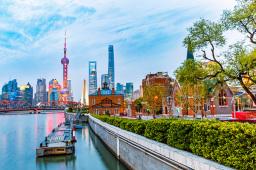 胡春华出席第二届中国国际进口博览会综合演练活动