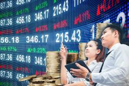 纽约股市三大股指17日上涨 科技板块下跌