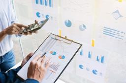 1165家公司预告2019年业绩 逾六成报喜