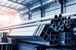 购销两端双重挤压 多家上市钢企净利减半