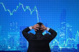 机构火线点评:未到恐惧时刻!创业板一度跳水,两市半日成交近万亿元